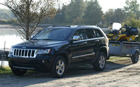 hunting jeep cherokee 2011 jeep grand cherokee operation moose hunt picture