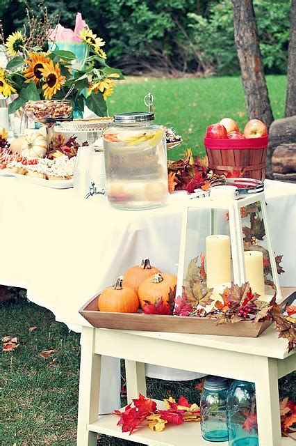 66 Cool Fall Party Décor Ideas DigsDigs