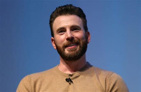 Chris Evans mocks nude photo leak as he speaks out to use ...