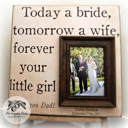gifts for parents on wedding day 7 great thank you gift ideas for your parents on your wedding day aisle