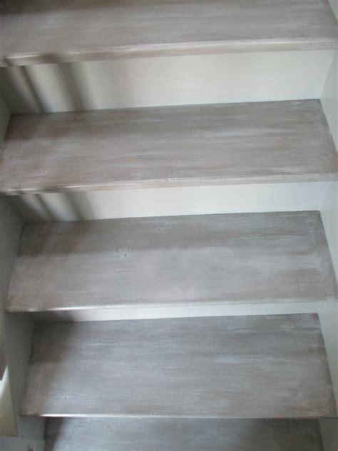 peindre un escalier en blanc ceruse palzon