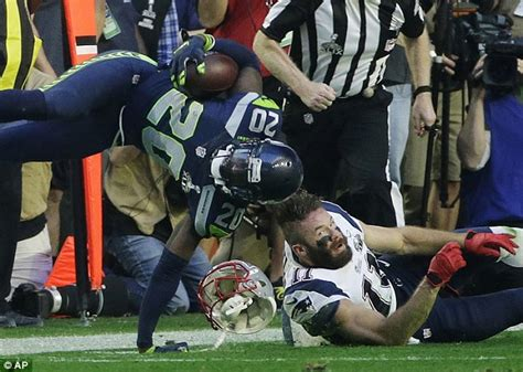 seattles jeremy lane wrist breaks  intercepting tom