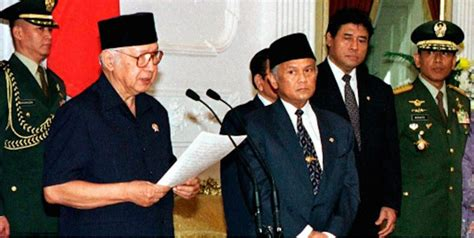 Berikut profil dan biografi dari soeharto. Hari-Hari Terakhir Soeharto - Sejarah Jakarta