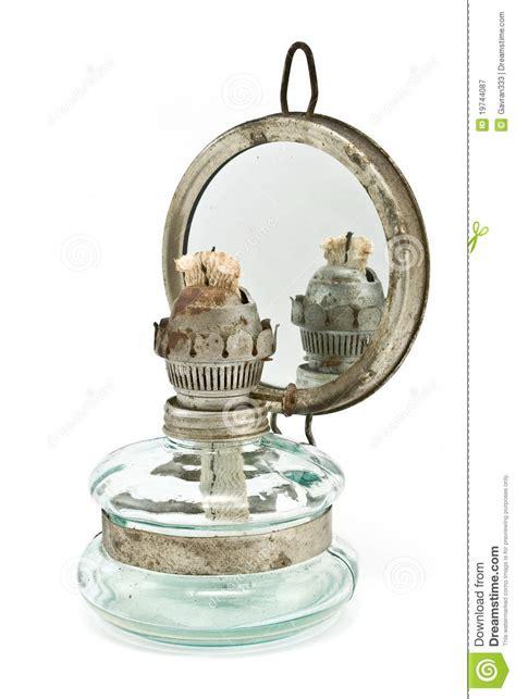 vieille le 224 p 233 trole avec le miroir
