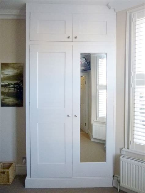 Built In Wardrobe Designs by 25 Best Ideas About Bedroom Cupboard Designs On
