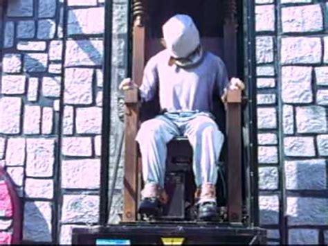 la chaise électrique foire du trône