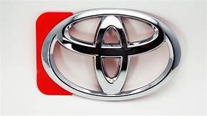 Toyota Rav4 Emblem  Radiator Grille  Or Front Panel