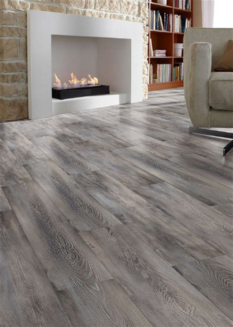 Laminate Floor Installation   Laminate Flooring in