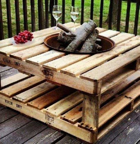 pallet crafts 34 newest diy pallet projects you want to try immediately pinterest awesome diy and crafts