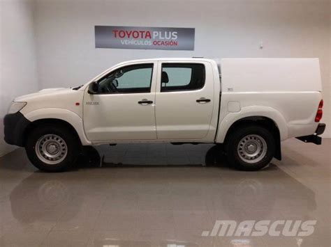 used toyota hilux 2 5d 4d cabina doble vx 4x4 panel vans year 2015 price us 22 752 for sale