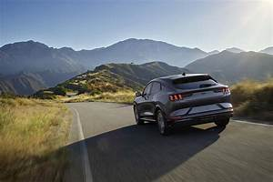 2021 Ford Mustang Mach-E Crossover Gets Cheaper, Premium Trim Costs $3,000 Less - autoevolution