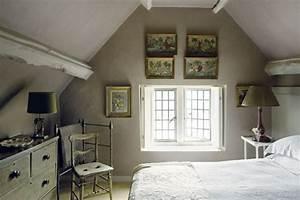 Wohnzimmer Mit Dachschräge : schlafzimmer mit dachschrge ~ Lizthompson.info Haus und Dekorationen