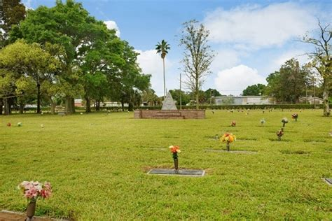 garden of memories funeral home and cemetery in ta fl