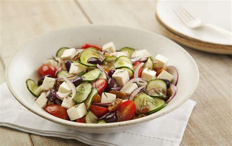 Receita de Salada Grega - Rafaelle Montenegro - Almanaque Culinário