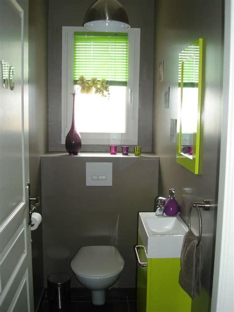 amenager sa chambre modèle décoration wc toilettes prune