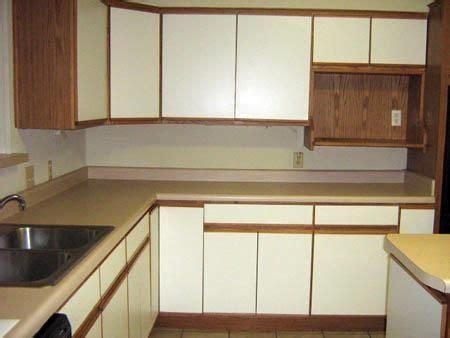 refinishing melamine kitchen cabinets how to refinish white melamine cabinets cabinets matttroy 4671