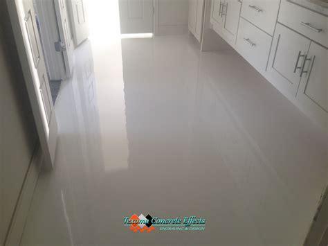 white epoxy floor bathroom  texoma concrete effects