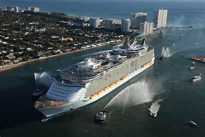Cruise Ship Seas Oasis Caribbean Royal Allure