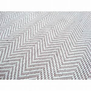 Outdoor Teppich Rund : outdoor teppich meterware gamelog wohndesign ~ Whattoseeinmadrid.com Haus und Dekorationen