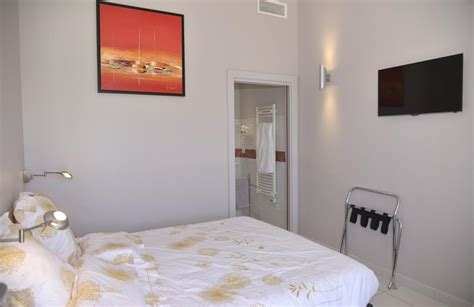 chambre hote lunel chambres hotes montplaisir marsillargues piscine