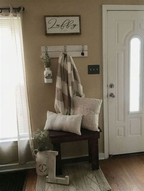 wonderful farmhouse entryway decor ideas staging  sell entryway decor living room