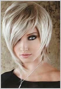 Coupe Mi Courte Femme : coiffure originale cheveux mi long ~ Nature-et-papiers.com Idées de Décoration