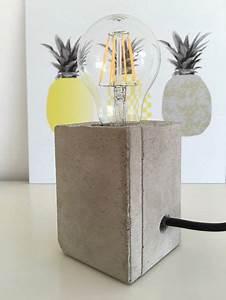 Lampen Selber Bauen Anleitung : lampe mit sockel aus beton lampe beton lampe selber ~ A.2002-acura-tl-radio.info Haus und Dekorationen
