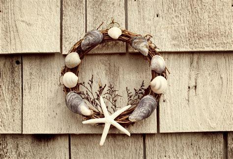 Decorating Ideas Using Seashells by Crafts Using Sea Shells Thriftyfun