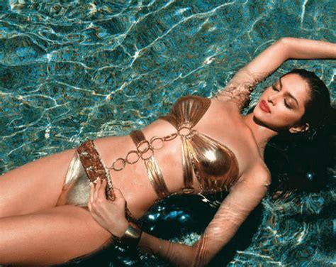 deepika padukone beautiful indian actress   pounds