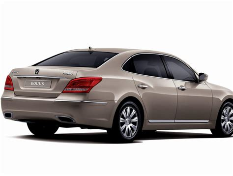 Hyundai Equus Reviews hyundai equus photos and specs photo hyundai equus