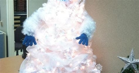 abominable snowman christmas tree  awesome