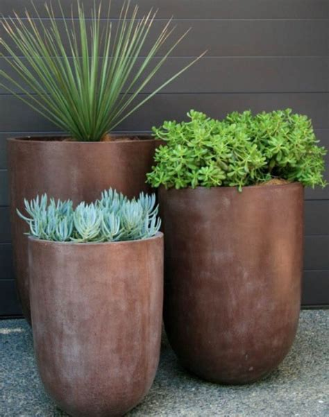 Modern Outdoor Planters by Best 25 Contemporary Planters Ideas On Large