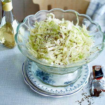 klassischer weisskohlsalat rezept lecker