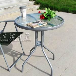 Petite Table En Verre : petite table de jardin ronde table balcon reference maison ~ Teatrodelosmanantiales.com Idées de Décoration