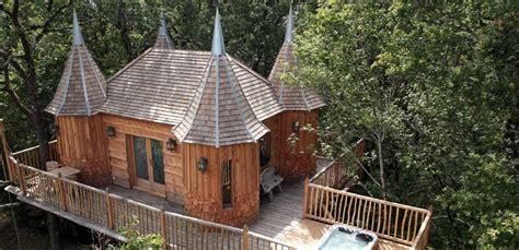 cabanes en bois dans les arbres kitmaisonbois kit