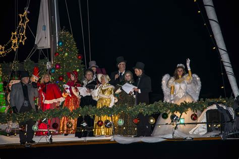 Newport Beach Boat Parade Dinner by Newport Beach Local News Special Section Nb Indy Guide To