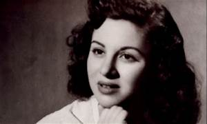 One year since Egypt lost beloved actress Faten Hamama ...  Faten