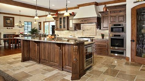 Understanding The Traditional Vs. Transitional Kitchen