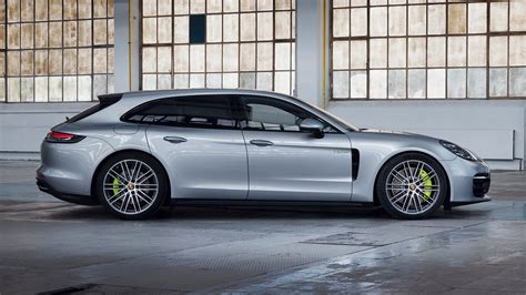 Porsche panamera is a 5 seater suv car available at a price range of rs. The 2021 Porsche Panamera Turbo S E-Hybrid Revealed With 689 HP