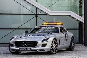 Mercedes Amg Gt Prix : the sls amg gt a new company car for bernd mayl nder the official f1 safety car gets a boost ~ Gottalentnigeria.com Avis de Voitures