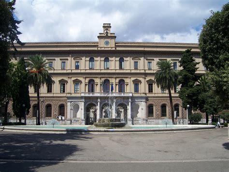 Uni Pavia Lettere by Universit 192 Forti Accuse Nei Confronti Di Una