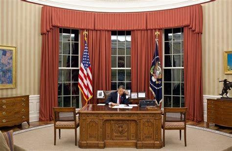 bureau president president barack obama a photographic chronicle of the