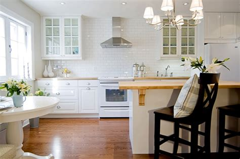 backsplash ideas for white kitchen cabinets white kitchen backsplash ideas homesfeed