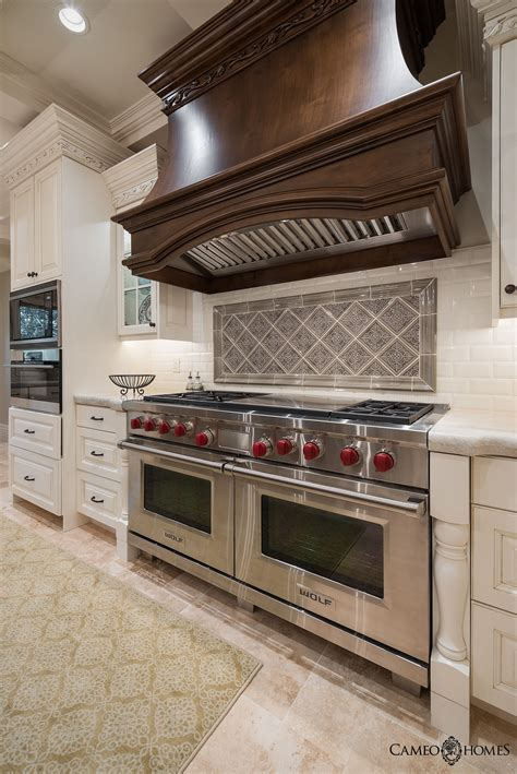 Luxurious Kitchen In Utah Wolf Appliances Cameo Homes Inc