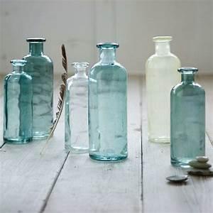Vase En Verre Pas Cher : l vase en verre un joli d tail de la d co ~ Teatrodelosmanantiales.com Idées de Décoration