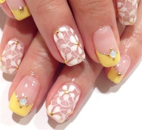 sommer nagel design  ideen fuer verspielte fingernaegel