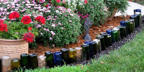 Garden Crafts : 9 Adorable Garden Crafts To Make With Wine Bottles