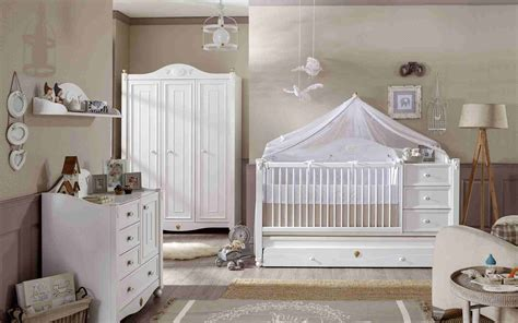 decoration chambre bebe fille  idees   astuces