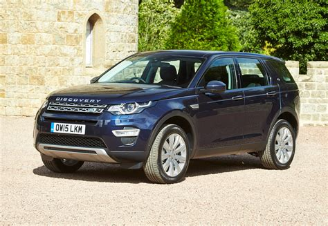 Land Rover Discovery Sport Photo by Land Rover Discovery Sport 4x4 2015 Photos Parkers