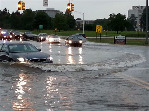 streets flooded thousands  power  southeast